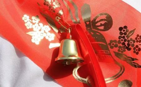Глава КБР Казбек Коков поздравил выпускников с окончанием школы