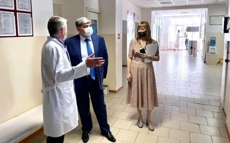 Глава КБР Казбек Коков посетил социальные объекты в Майском районе