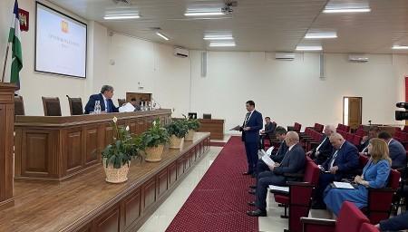 Казбек Коков провел «муниципальный час» в администрации Баксанского района