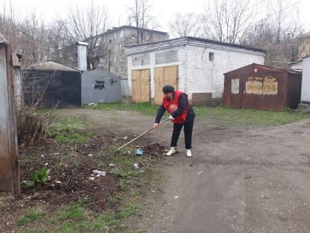 Общественники КБР провели субботник в честь Юрия Гагарина