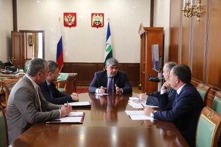 Глава КБР Казбек Коков провел заседание штаба по строительству и инфраструктурным проектам