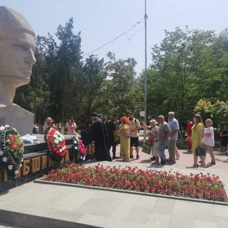 В Прохладном прошел митинг, посвящённый Дню памяти и скорби