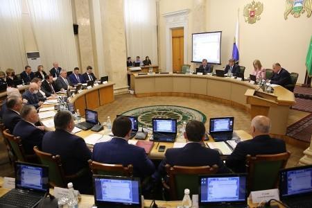 Глава КБР Казбек Коков провел заседание Совета по стратегическому развитию и национальным проектам