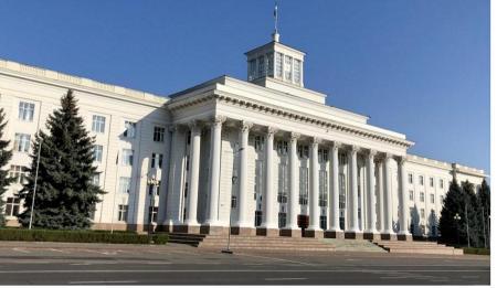 Глава КБР Казбек Коков поздравил медиков с профессиональным праздником