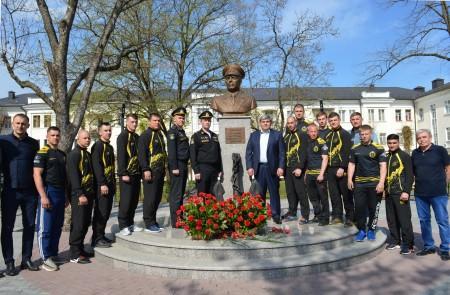 В столице КБР вспоминали адмирала Арсения Головко