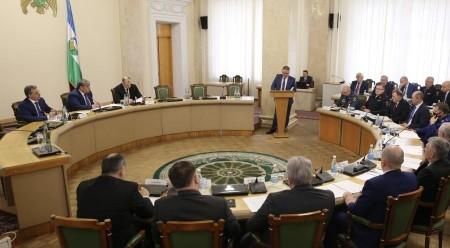 Казбек Коков провел совместное заседание Антитеррористической комиссии и Оперативного штаба в КБР